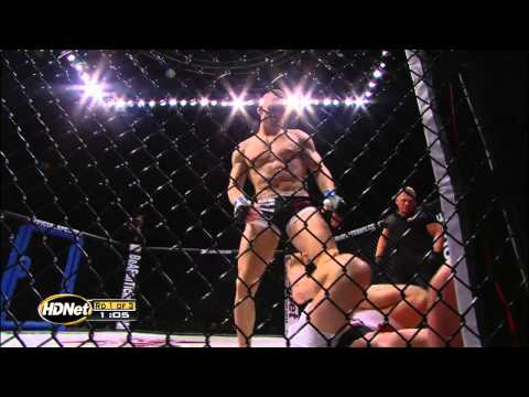 "XFC Fighter - Scott ""Hot Sauce"" Holtzman Pro Debut at XFC 16 High Stakes"