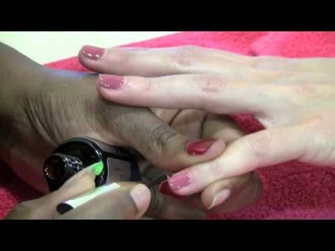 How to Apply Gelish No Chip Polish