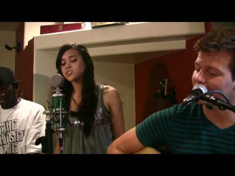 Love The Way You Lie (Tyler Ward Acoustic Cover) - Eminem (ft...