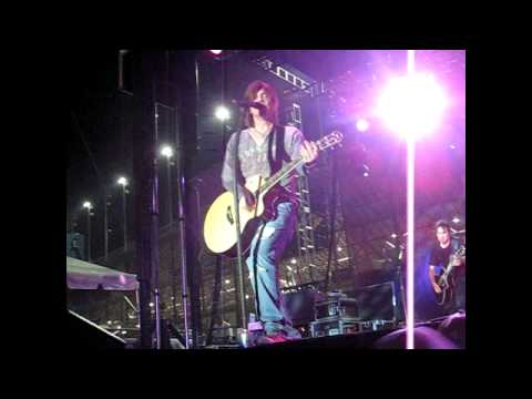 Goo Goo Dolls at Chicagoland Speedway, 