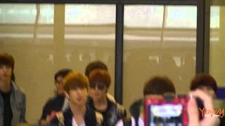 [FanCam] 130420 BOYFRIEND at Taoyuan Airport