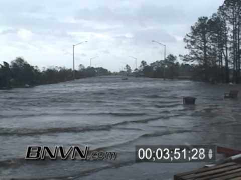Hurricane Ivan Aftermath Video, 9/16/2004 Part 4 - Gulf Shores Alabama