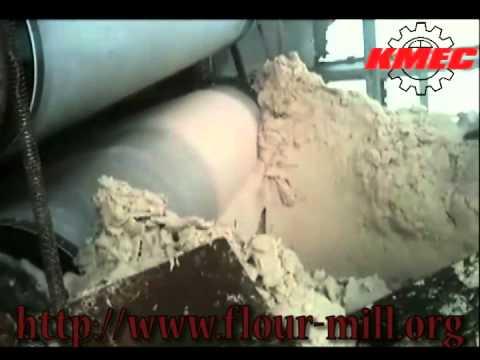 Cassava Starch Processing, Shredded Cassava Pieces Are Feed Into The Cassava Milling Machine.