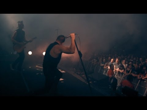 "NIN: ""March of the Pigs"" on stage in Melbourne 4K (3.14.2014)"