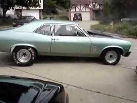 1970 nova burnout in the circle drag race Video