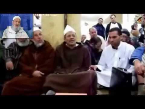 Algerie vs maroc le schtroumpf sanglant ali belhaj pleure le grand schtroumpf yacine youtube - Stroumph grincheux ...