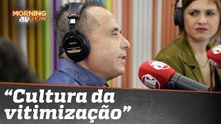 """Humorista cego, Geraldo Magela fala sobre a """"cultura da vitimização"""""""
