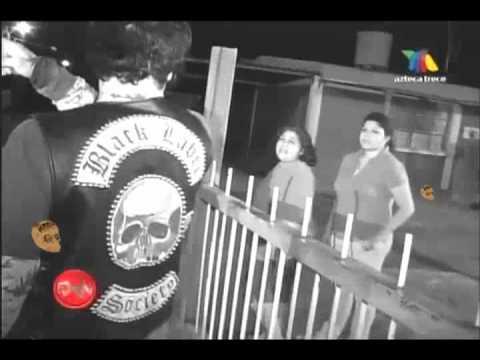 Extranormal y el Vampiro Canadiense se cuelga 1ra parte 18 septiembre 2011