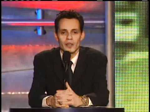 Marc Anthony inducts Paul Simon Rock and Roll Hall of Fame Inductions 2001
