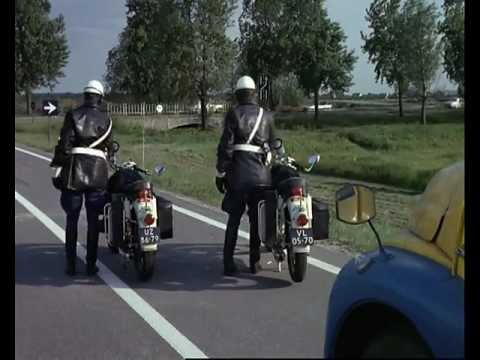 "1971 Jacques Tati - ""Trafic"" (highlights)"