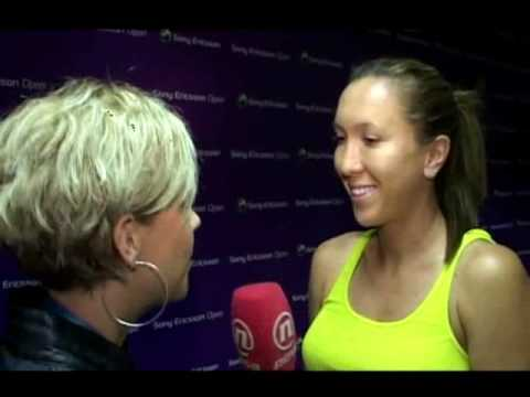 Jelena Jankovic talks about panties, Clinton and her boyfriend - in Serbian