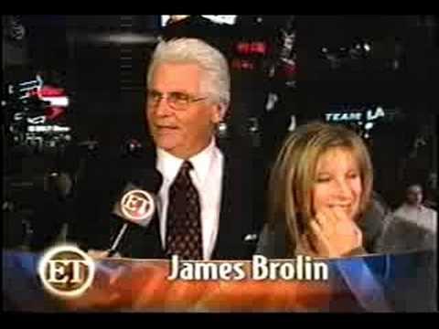 Barbra Streisand 'Fockers' Premiere (ET, 12/17/2004)
