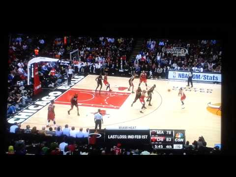 Chris Bosh flops AGAIN.  Miami Heat vs Chicago Bulls 3/27/13