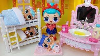 Baby LOL Surprise dolls bunk bed and bath Brush Teeth toys play LOL 서프라이즈 아기인형 이층 침대 목욕 양치놀이 장난감 토이몽