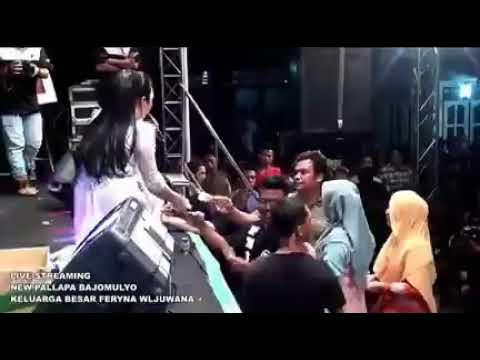 Gerimis Melanda Hati Anisa Rahma New Pallapa Terbaru Live Bajomulyo 2 Maret 2018