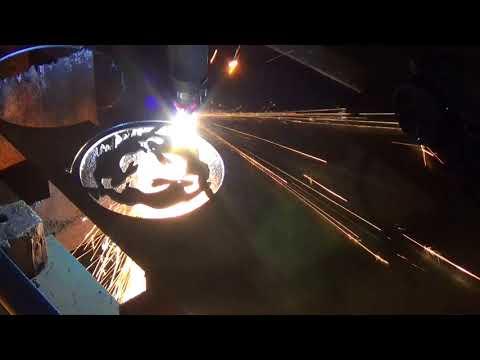 Unser Plasmaschneider stellt Topfuntersetzer - Dreifüsse - aus Stahl her