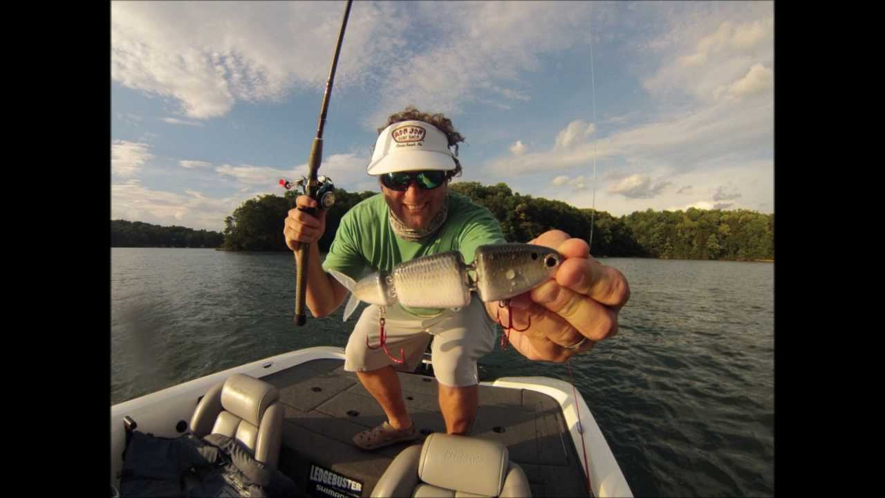 Summer spot fishing on lake lanier youtube for Lake lanier fishing spots