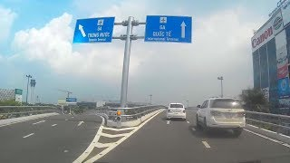 Vào ra ga quốc tế sân bay Tân Sơn Nhất : đón khách