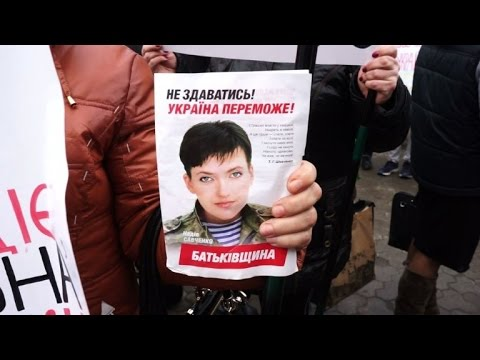 Kiev protesters demand Moscow frees Ukraine pilot