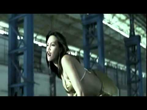 Dhoom Dhoom (english) - Full Title Song - Dhoom (2004 video