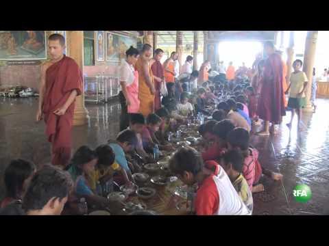Offering Poor Children Foods at Toul Santevorn Pagoda
