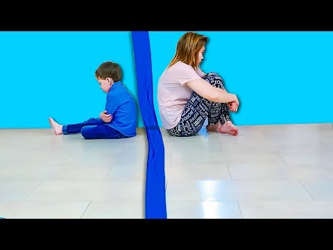 Света и Богдан ПОДЕЛИЛИ ДОМ!! Кому достались ИГРУШКИ Для Детей kids children