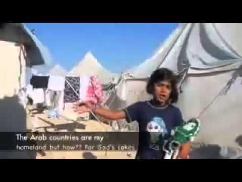 طفلة سورية لاجئة تقول شعر مؤثر جداً عن الوطن