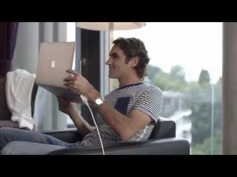 Roger Federer skypes with Lindsey Vonn