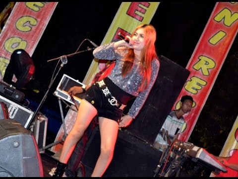 Download NELLA KHARISMA - LUNGSET LIVE HD TERBARU