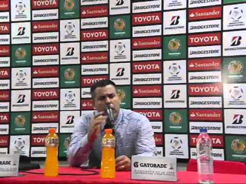 Antonio Franco. DT del Caracas FC. Caracas FC 2-1 Huracán. Copa Libertadores 2016