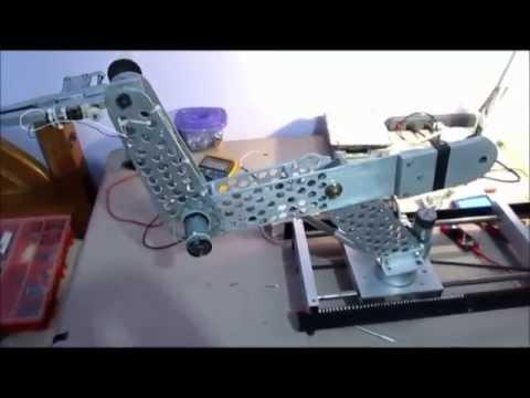 Brazo mecanico o Brazo robot