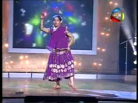Folk Dance Mahua Dance Sangram Vidya Balan video