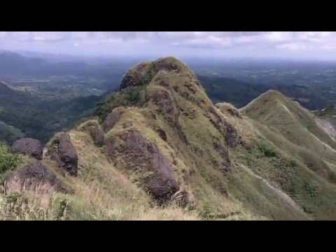 Batulao mountain hike, beautiful and sunny Philippines
