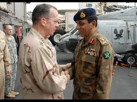 Joint Chiefs of Staff Mike Mullen greets Pakistani Chief of Army Staff,