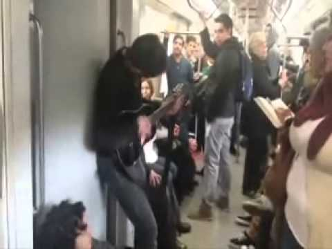 Un Chileno loco En el Tren