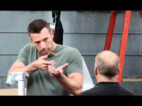 Ben Affleck In The Town, Smoking Blunts
