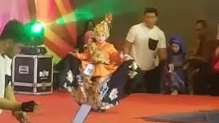 Fashion,hijab fesrival,kids by daweea batik