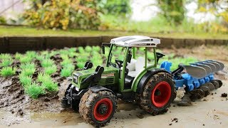 Tractor Farm Overturns - The hulk Rescue , Truck, Combine harvesters
