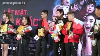 """Dàn cast LẬT MẶT 4 """"tố"""" Mạc Văn Khoa mỗi tháng kiếm gần cả tỷ tại buổi ra mắt phim"""