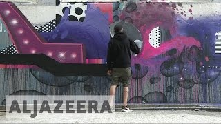 Artists create 'Outside art' in Hong Kong