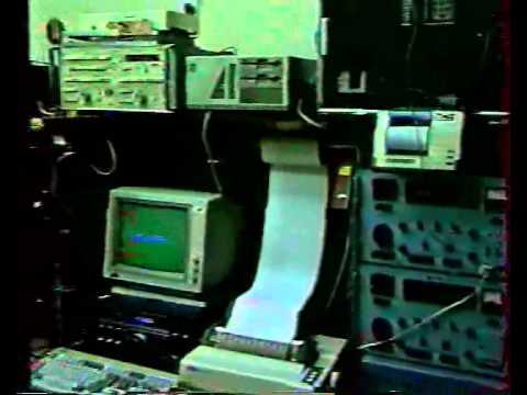 Amateur radio station in Lithuanian Parliament during Soviet military rampage in Jan 1991