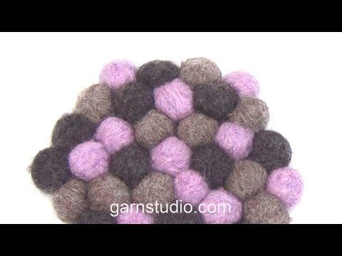 How to make a hot pad with small felted balls