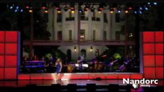 Thalia en La casa Blanca 2009  Obama Dancing with Thalia VIDEO ORIGINAL