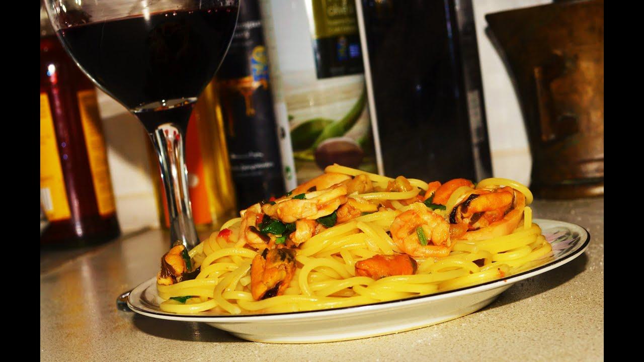 Макароны с мидиями и креветками в сливочном соусе рецепт