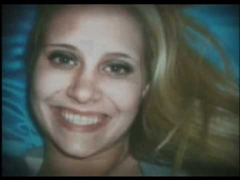 Megan Maxwell still missing, community rallies.