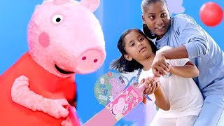 Peppa Pig in Hindi - Learn How to Bat the Ball with Peppa Pig and Soha Ali Khan [ENG sub]