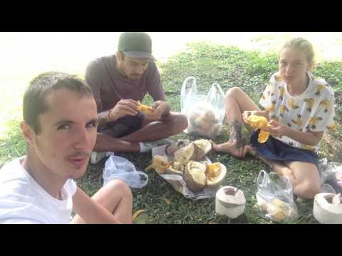 Fruitarians in Bangkok and Chiang Mai Thailand