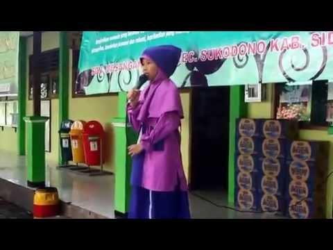 Pidato Maulid Nabi oleh Berlian Mustika Sari di SDN Masangan Kulon kecamatan Sukodono, Sidoarjo