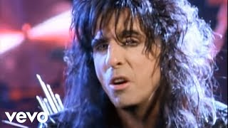 Watch Alice Cooper Bed Of Nails video
