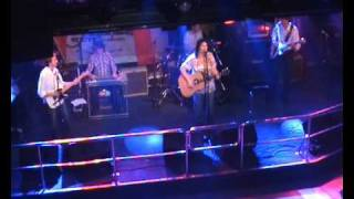 Watch Terri Clark Bigger Windows video